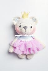 Amalou Designs - Marielle Maag - Holly the little  bear