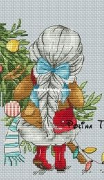 Christmas Tree by Polina Tarusova