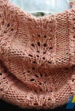 Plumettes Cowl by Susan Ashcroft-Free