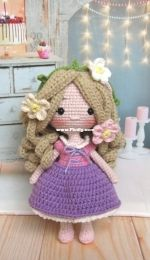 Green Frog Crochet - Rapunzel crochet doll