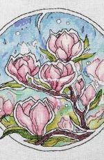 Magnolia by Alisa Okneas