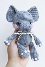 Zipzipdreams - Elif Tekten - Cloudy the little Elephant - Turkish