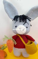 Sayens Crochet Store - Valentina Lopez Brito - Albert the Donkey
