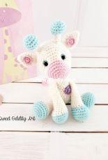 Sweet Oddity Art - Carolyne Brodie - Mini Giraffe