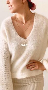 Kviten Sweater by Ksenia Naidyon