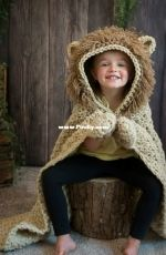MJs Off The Hook Designs - Michelle Moore - Hooded Lion Blanket