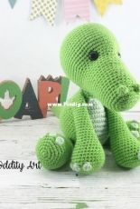 Sweet Oddity Art - Carolyne Brodie - Czar the Crocodile Crochet Pattern