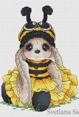 Svetlana Sichkar Bunny Bee