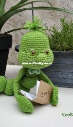 Amigurumi Bookworm