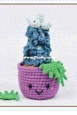 Yarn Blossom Boutique - Melissa Bradley -Potted Delphinium- Free
