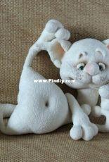 Little Owls Hut - Svetlana Pertseva - Jeremy the Cat