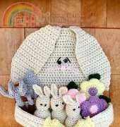 Crochet Village - Donna Harelik - CV035 Bernadette Bunny Door Hanging