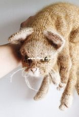 Claire Garland - Dot Pebbles - Cat