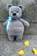 Julia Knits - Yulka Wiazet / Vyazhet  - Big Plushy Bear - Russian - Free