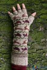 Tortoise and Hare Gauntlets by Kate Davies