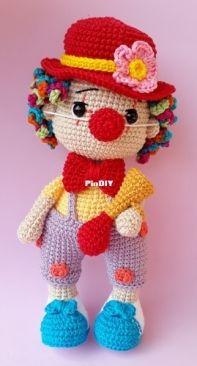 Amor de Amigurumi - Caren Alessandra Kluska - Pong The Clowny - Palhacinho Pong - Portuguese