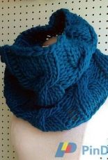 Knit-O-Matic-Easy Loose Cabled Cowl by Haley Waxberg-Free