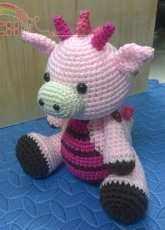 Pink dragon amigurumi