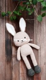Tun the rabbit by Shino