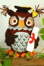 Moji Moji Design - Janine Holmes - Wesley the Wise Owl - Russian - Translated - Free
