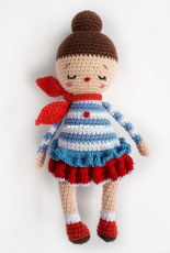 samiSnosami - Sasha Koffer - Crochet doll pattern