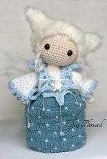 Elfin Thread - Lorena da Silva - The Winter Waldorf-Inspired Fairy