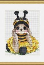 Bunny Bee by Svetlana Sichkar