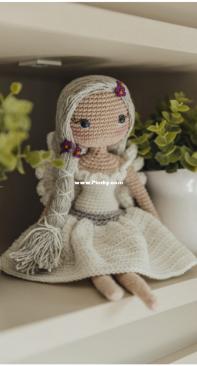 Circulo SA - Claudia Stolf - Fairy - Fada - Portuguese - Free