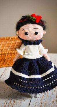 Sihirli Halka - Burcu Bülbül - Frida doll