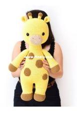 Bunnies and Yarn -Michelle Alvarez- Olivia the big Giraffe