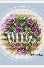 Lilac blossoms by Anna Petunova