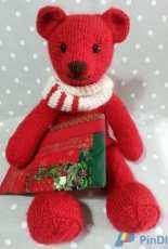 knitting bear for Christmas