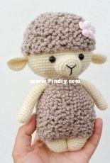 Rnata - Natalia Ruzanova - Dora the Lamb