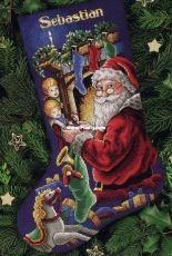 Dimensions 8620 Peeking at Santa Stocking