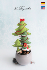 Mala Designs - Mandy Herrmann - Pinecones and Firs