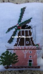 Lavender bag with Dutch windmill.