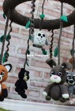 Croch Eh Patch - Hollys Hobbies - Holly McNevan - Woodland Nursery: Crib Mobile
