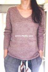 Holiday Sweater by eri-English (Eri Shimizu)