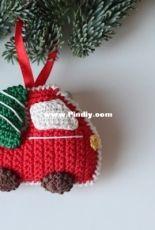 Knitted Story Bears - Vira Velmozhna - Christmas tree and car ornament - Free
