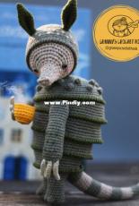 Grannys Crochet Hook - Masha Yarkova - Ross the holiday Armadillo