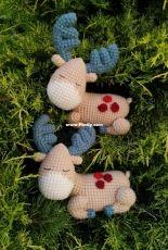 Knitted Story Bears - Vira Velmozhna - Den the Moose - Free