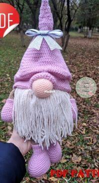 Scandinavian Gnome - Mary - Creative House Pattern