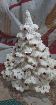 Little Crafty Dog Designs - Heidi Byner - Scandi Christmas Tree