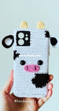 Handmadify - Handmade Tranggtrangg - Trang Minh - Cow Iphone Case - Free