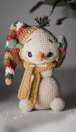Danidirohandmade - Copito the snowman - english
